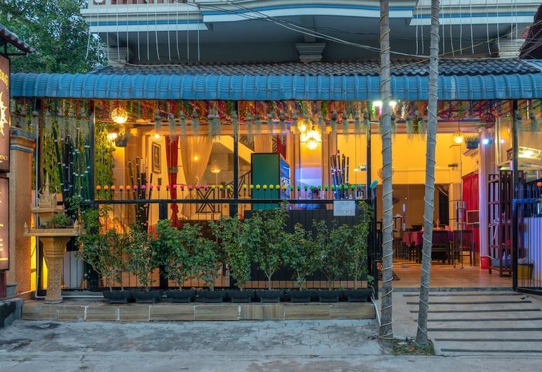 IndoPak Villa, Siem Reap, Hótelframhlið - að kvöld-/næturlagi