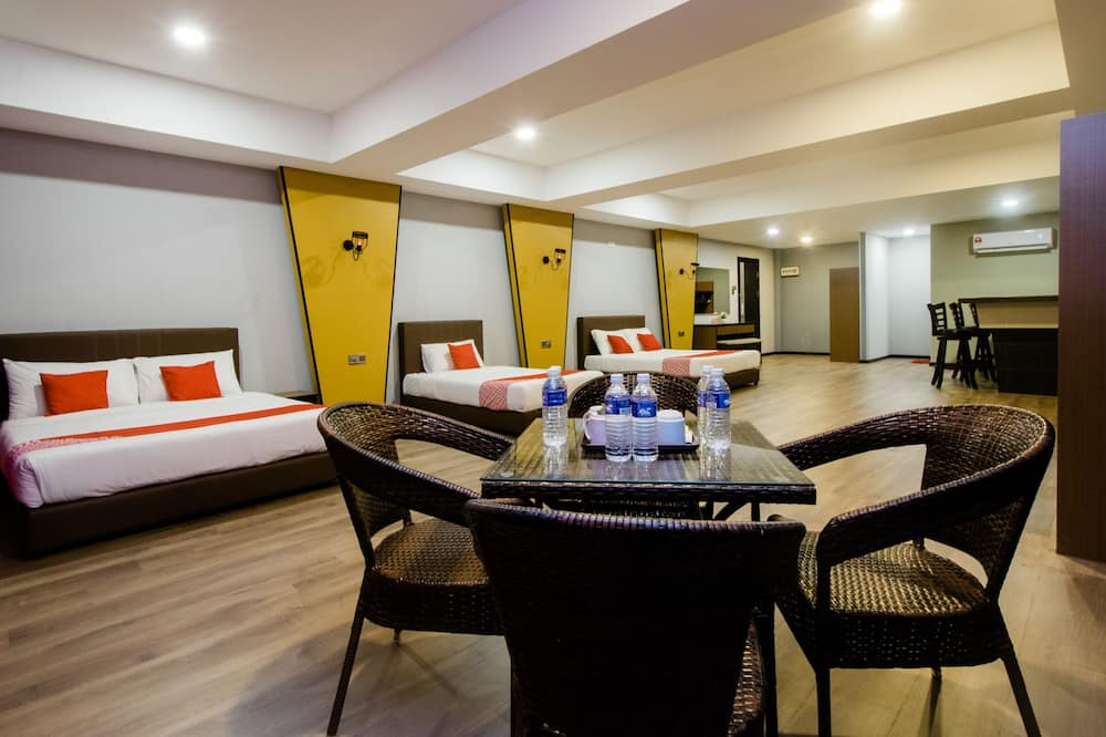 Family Double Room, Multiple Beds - Guest Room