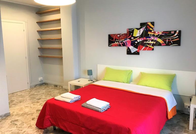 CAVOUR 124, Bari, Habitación doble superior, Habitación