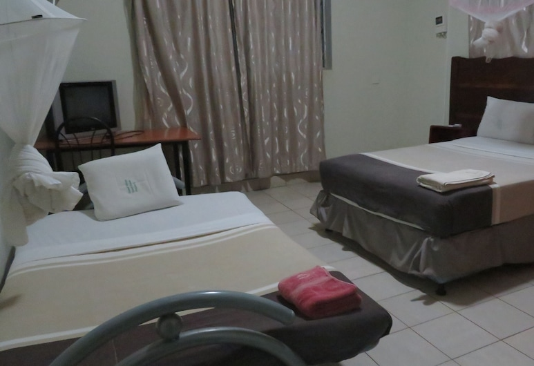 Global Village Hotel, Pakwach, Camera familiare, Camera