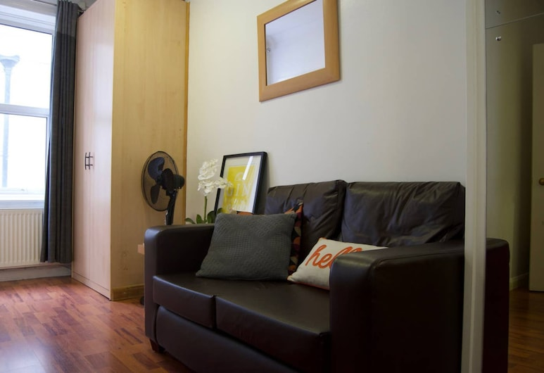 Central London Oxford Circus 1 Bedroom Flat, London, Wohnzimmer