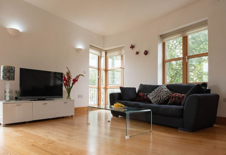 Lovely 2 Bedroom Flat in Excellent Location, London
