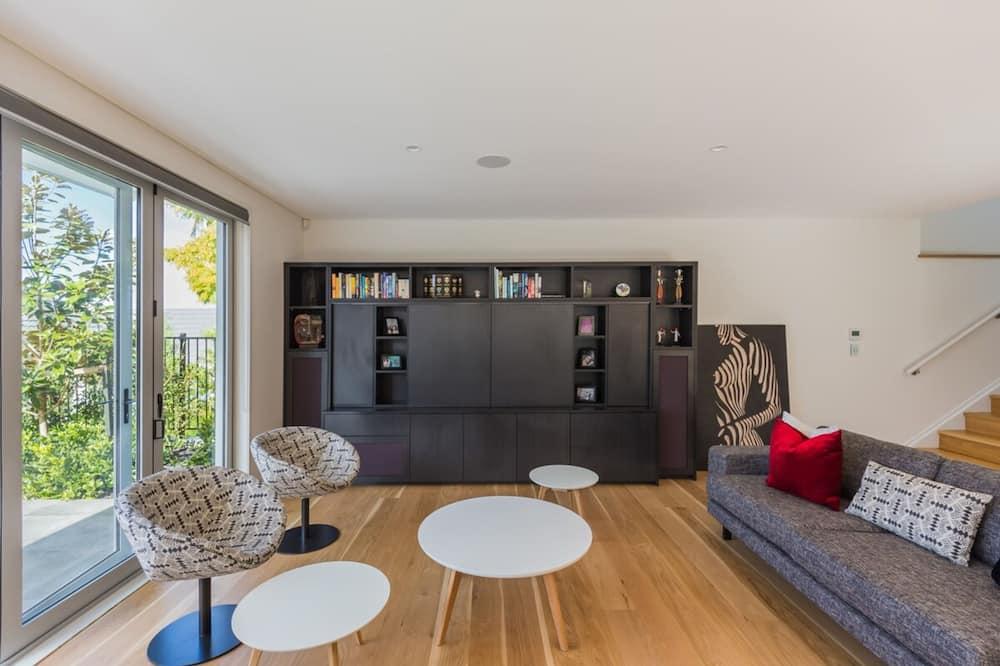 Будинок (3 Bedrooms) - Вітальня