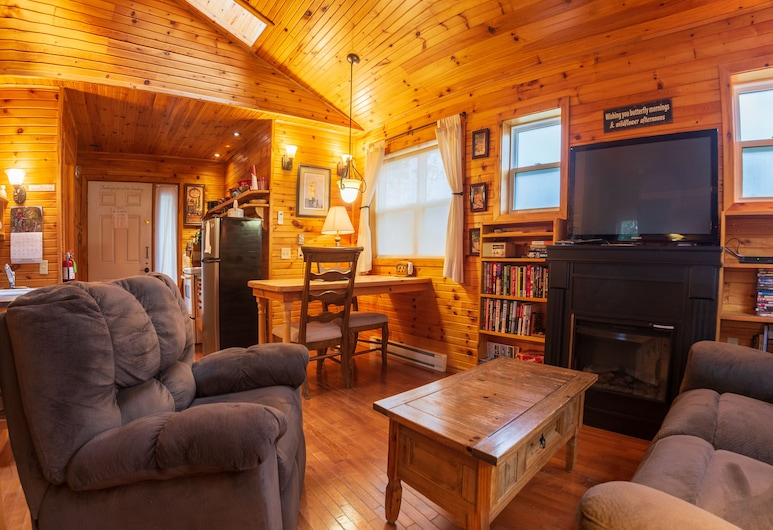 By d' Bay Cabins, Port Blandford, Cabin (14), Living Area