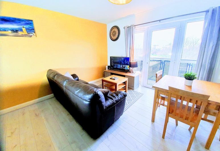 Solo Living - Linen Quarter, Manchester, Economy Apartment, Accessible, Ensuite (Modern 2 Bed Luxury), Room