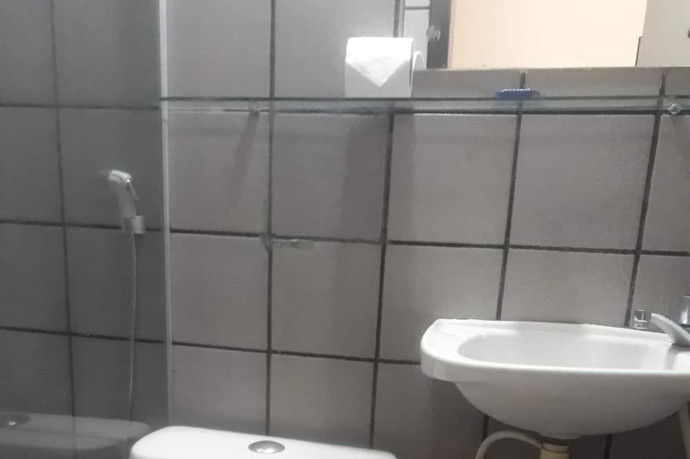 ห้องคอมฟอร์ท (Air conditioning / Ar condicionado) - ห้องน้ำ