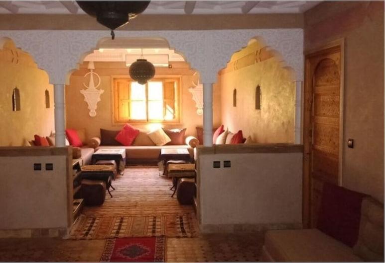 Riad Tourtit, Asni, Tempat Makan Keluarga