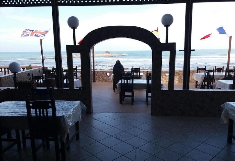 阿爾貝格西波斯迪奧爾旅館, Mirleft, 室外用餐