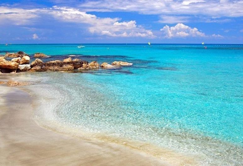 Beautiful Villa With Private Pool, Protaras Villa 1258, Protaras, Beach