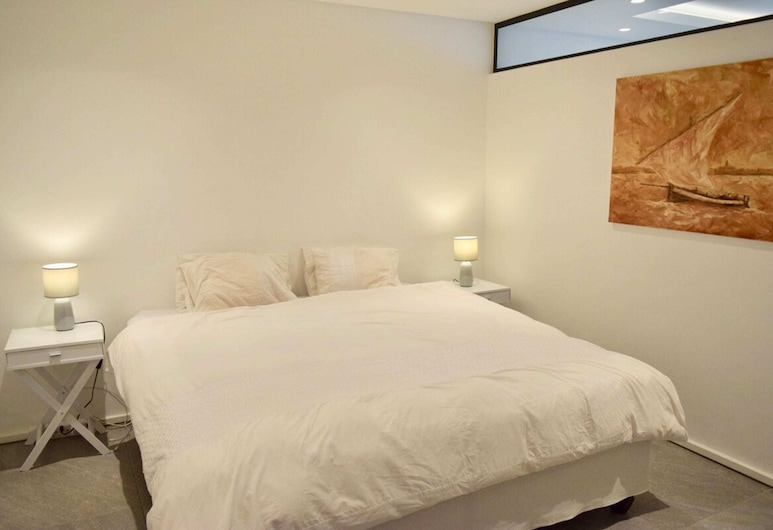 Tasteful Apartment In Upper Woodstock, Cape Town