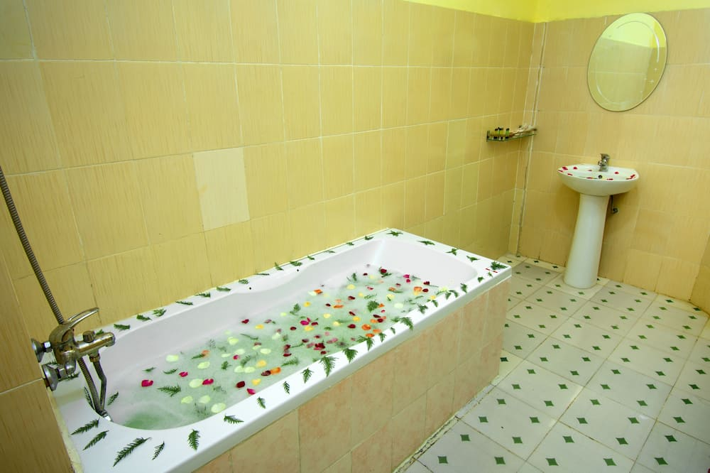 Superior Triple Room - Ванна кімната