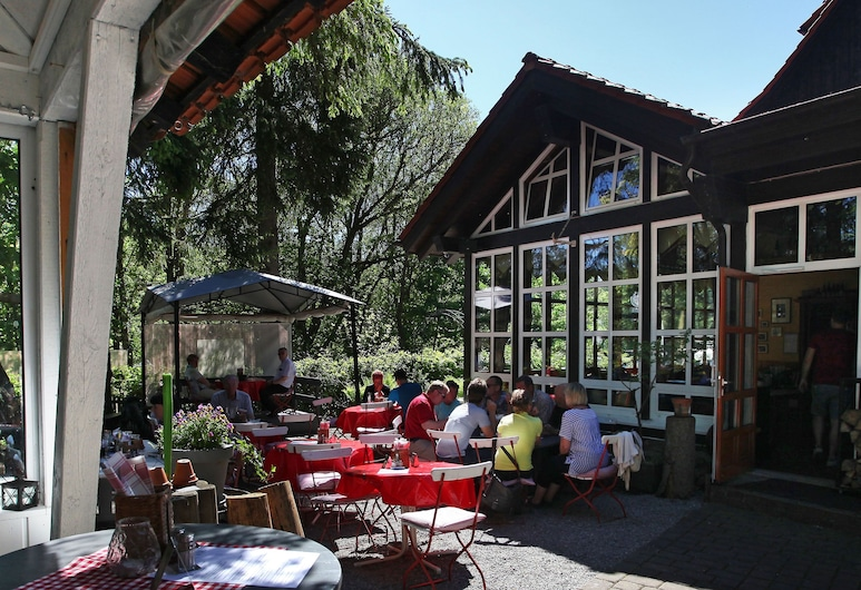 Grüne Tanne Mandelholz, Oberharz am Brocken, Outdoor Dining