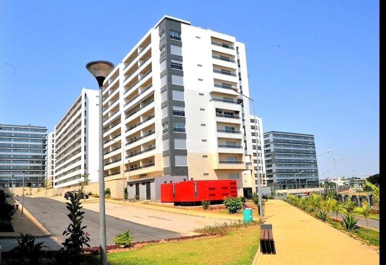 Living at Rosa Linda, Luanda