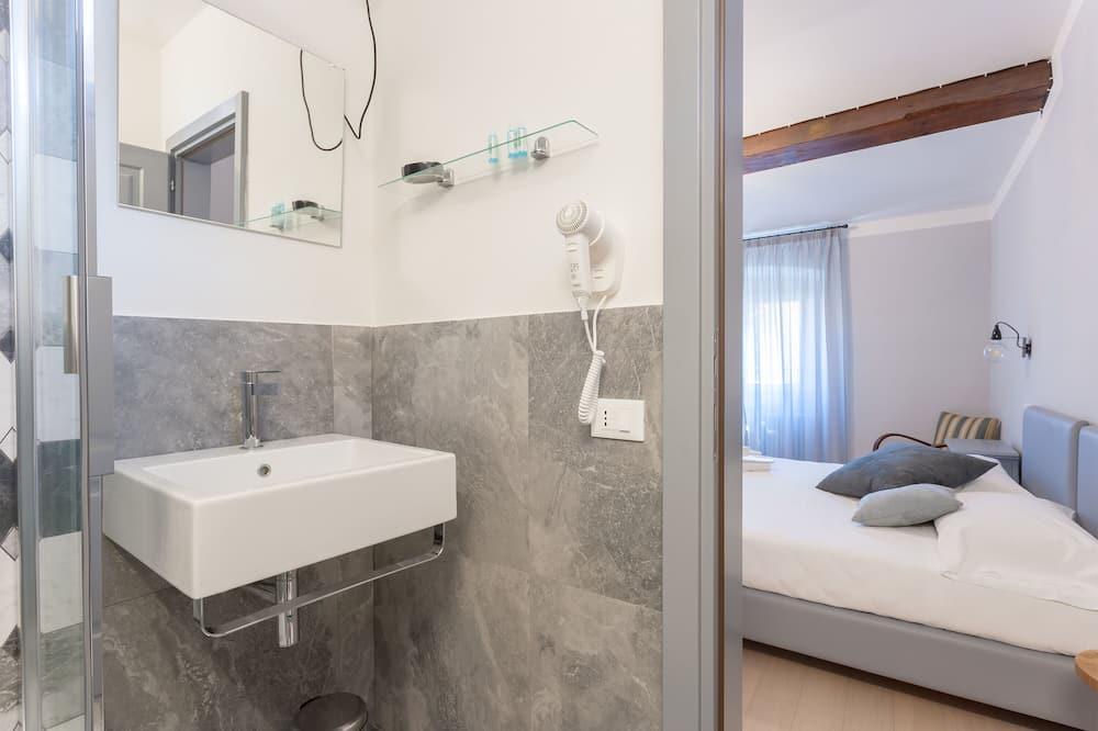 Superior-værelse til 3 personer - Badeværelse