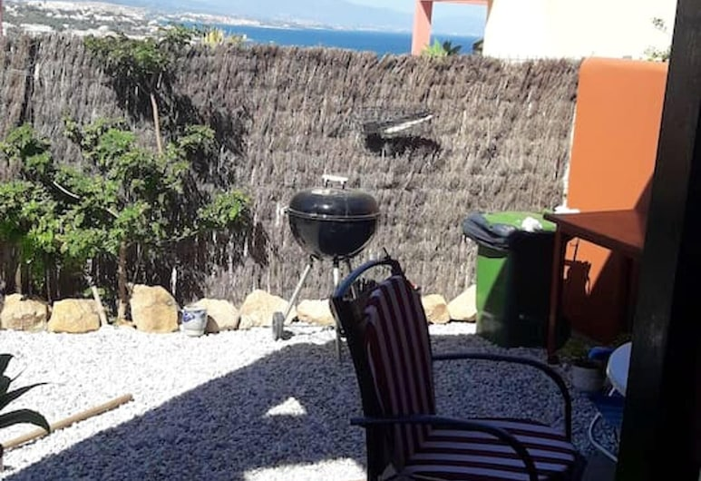 House With 3 Bedrooms in Manilva, With Wonderful sea View, Shared Pool, Enclosed Garden - 500 m From the Beach, Manilva, Front of property