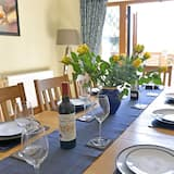 House, 6 Bedrooms, Sea View - In-Room Dining