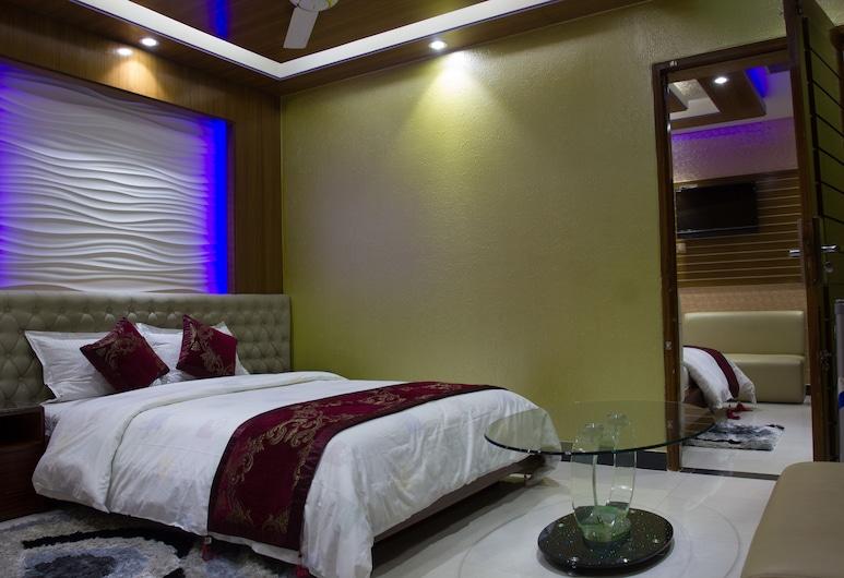 Hotel Valentino, מאיג'די, סוויטה יוקרתית, חדר אורחים