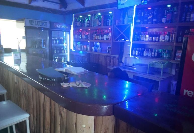 VIP Nest Lounge, Mai Mahiu, Hotelski bar