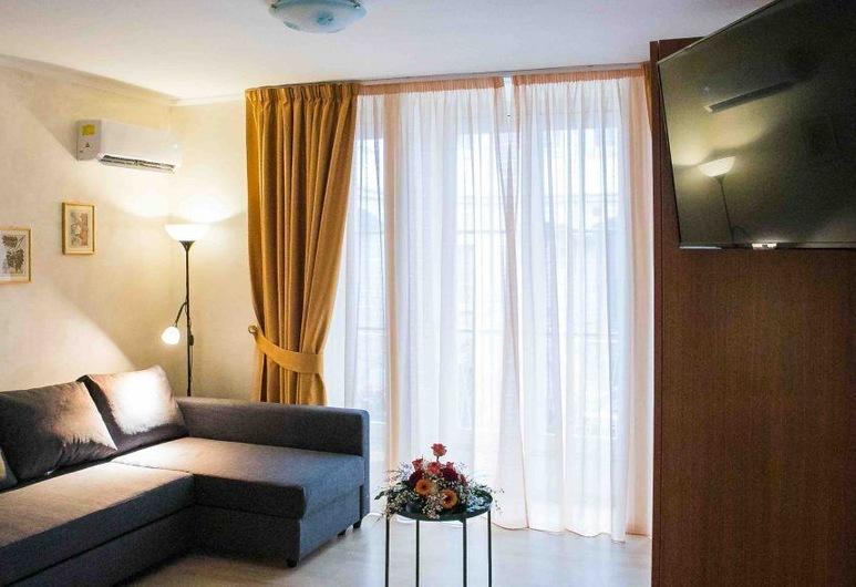 비토리아 게스트 하우스 - 살레르노, Salerno, 패밀리 스위트, 거실 공간