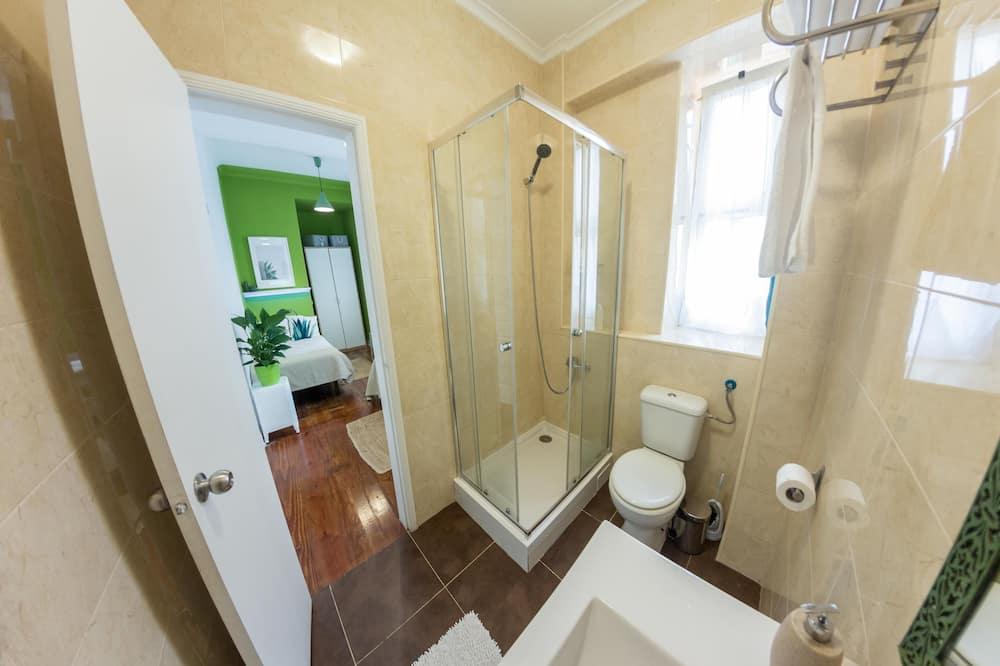 Chambre Double ou avec lits jumeaux, salle de bains privée - Salle de bain