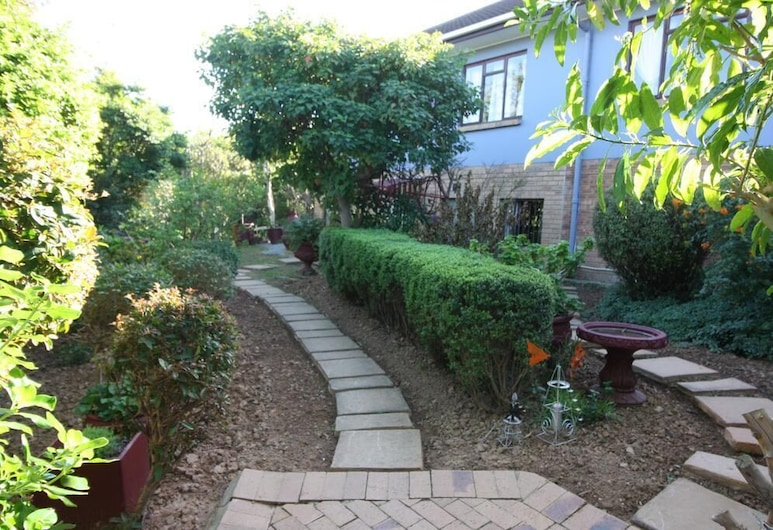 Covenant Well Guest House, Cape Town, Garden