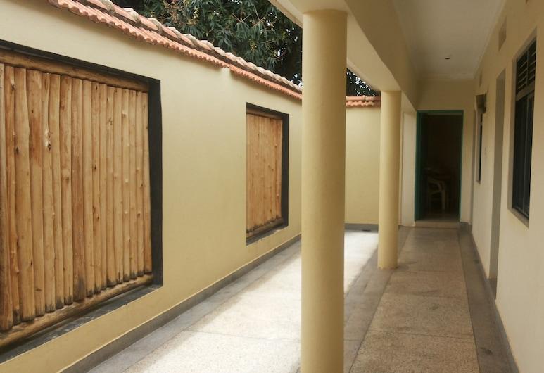 Jojo's Palace Annex, Gulu, Deluxe enkelrum, Rum