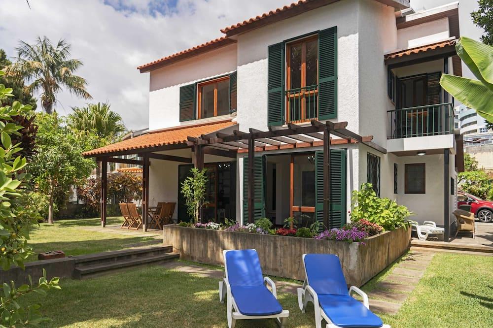 Casa do Lido by An Island Apart, Funchal