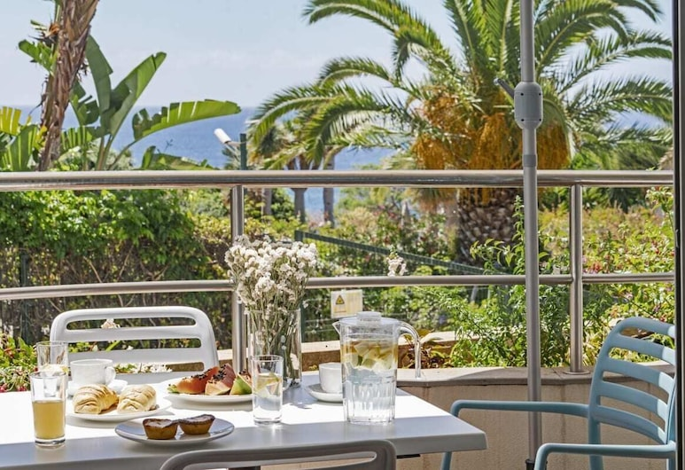 Grand Residence I, With Terrace and BBQ, Funchal, apartman (2 Bedrooms), Erkély