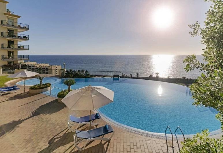 Vila Formosa, Apartment in a Luxury Condominium, Funchal, Kültéri medence