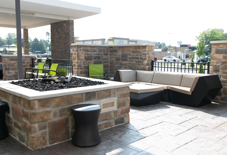 SpringHill Suites by Marriott South Bend Notre Dame Area, South Bend, Balcone