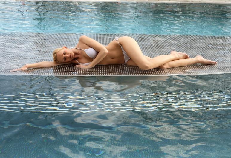 Sportpension Christina, Fügen, Vonkajší bazén