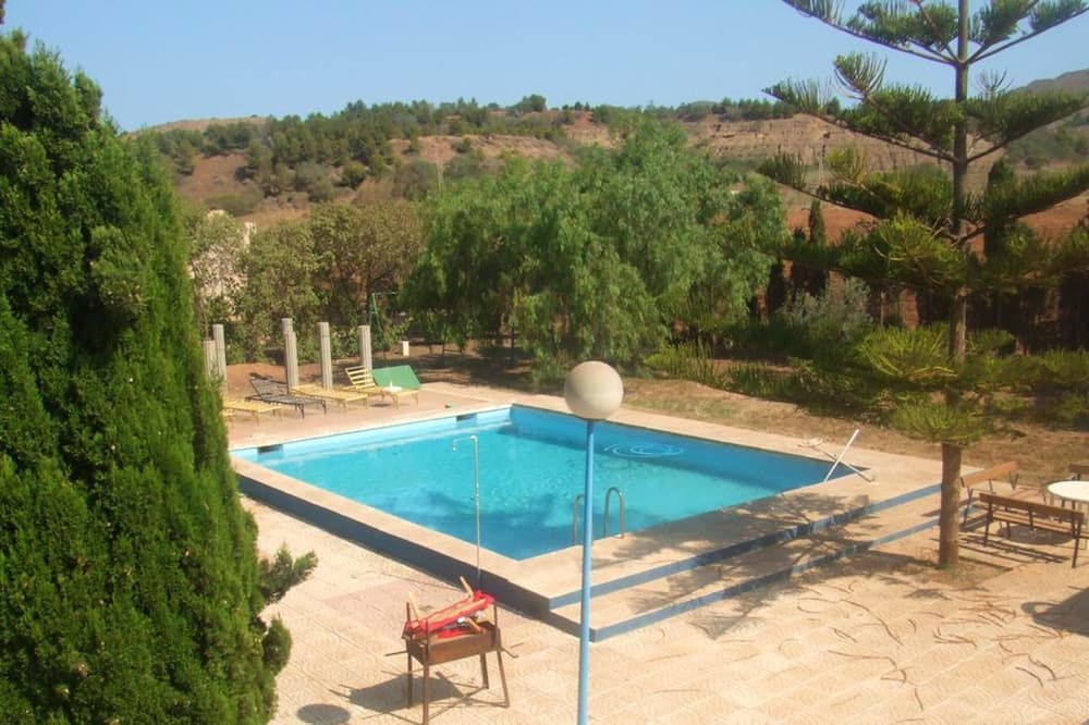 House With 2 Bedrooms in Cartagena, With Shared Pool and Enclosed Garden, Cartagena