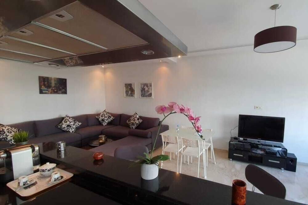 Komforta dzīvokļnumurs, divas guļamistabas - Dzīvojamā istaba