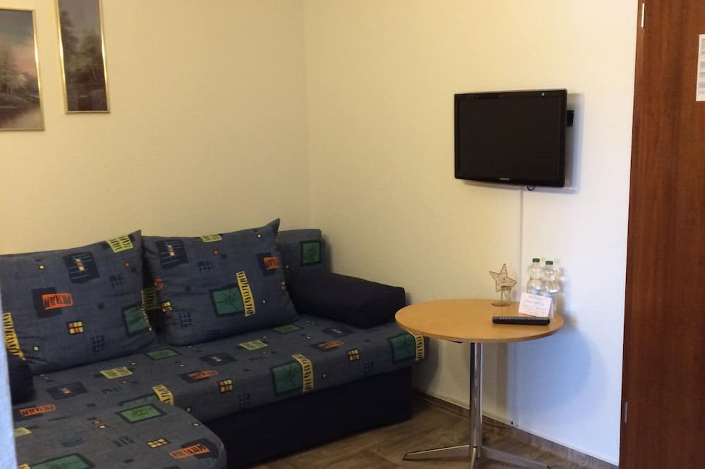 Kamar Double Tradisional - Area Keluarga