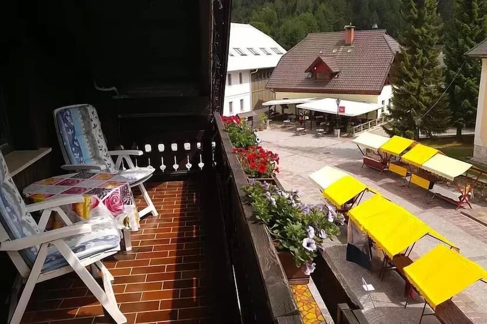 Standardlejlighed - 2 soveværelser - balkon - Altan