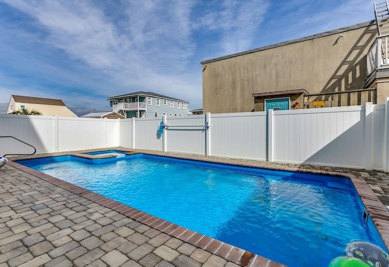 Together Resorts Cherry Grove Resort at 204 54th B, North Myrtle Beach, Gjesterom