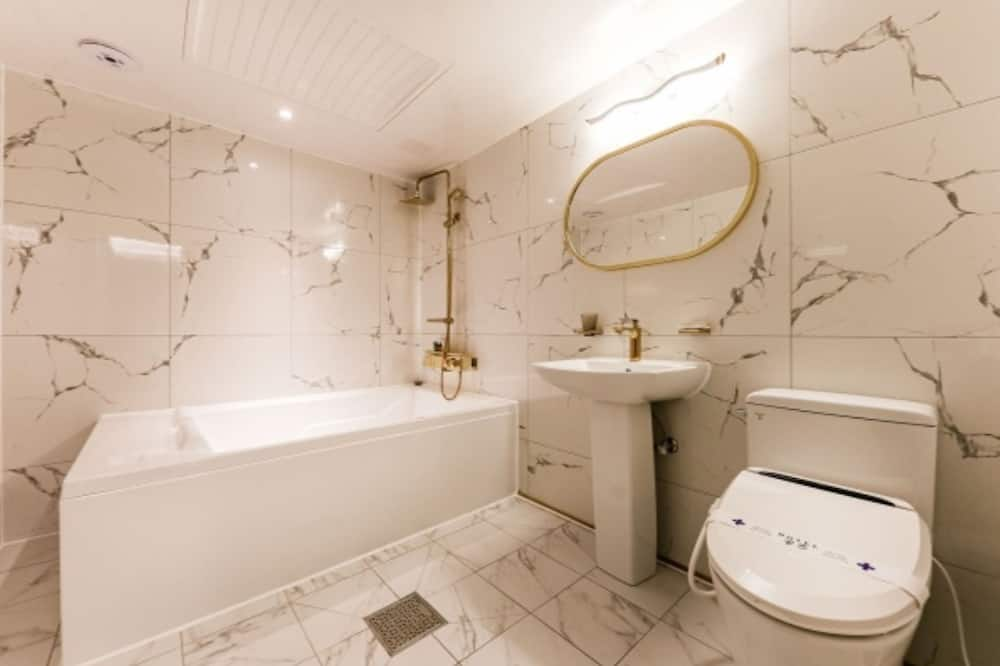 Chambre Premium, vue fleuve - Salle de bain
