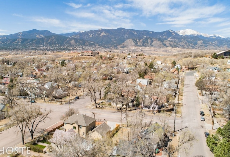 3 BR Beautifully Restored 1890`s Homedowntown, Colorado Springs, Property Grounds
