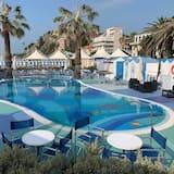 Lido Beach & Life Resort