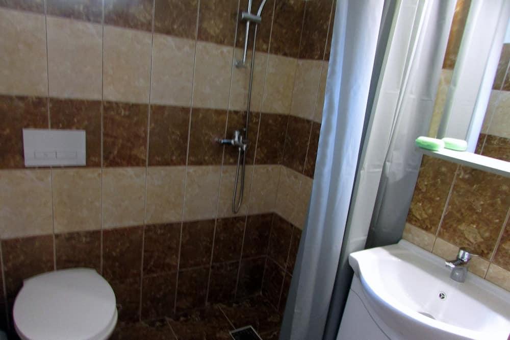 Habitación clásica, 3 camas individuales, baño privado (A) - Baño