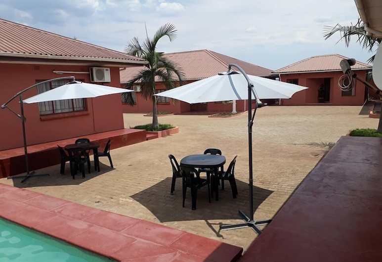 Fallsview Apartments, Livingstone, Outdoor Pool