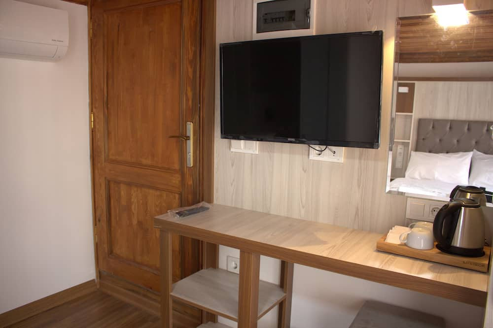 Deluxe Room, Sea View (Connection) - Living Area