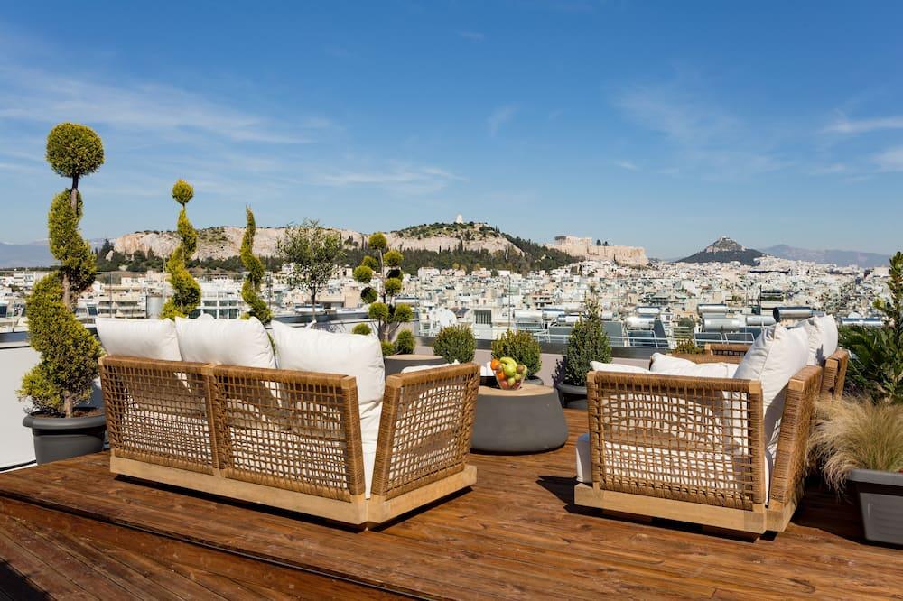 Paaugstināta komforta augšstāva numurs (Acropolis View) - Balkons