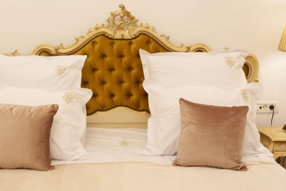 Royal Double Room - Guest Room