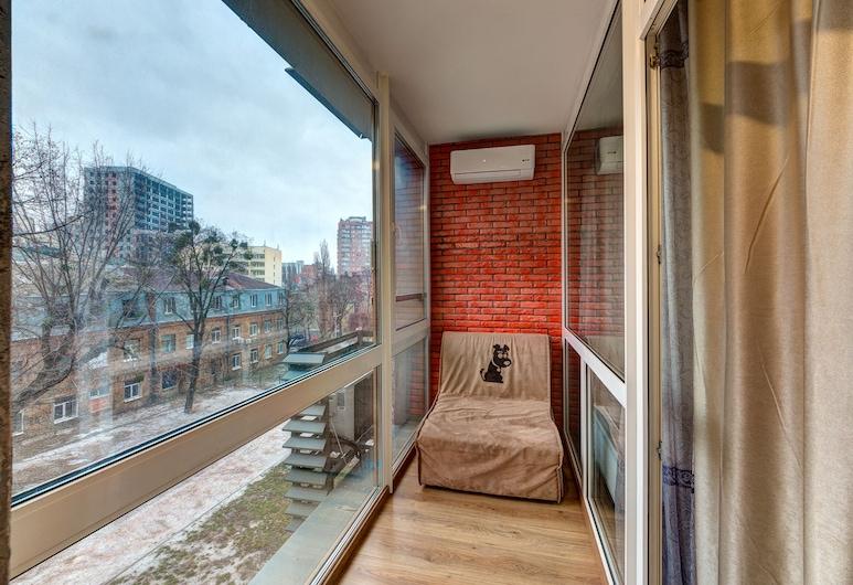 Apartments in a new house, Kyiv, Apart Daire, 1 Yatak Odası, Balkon