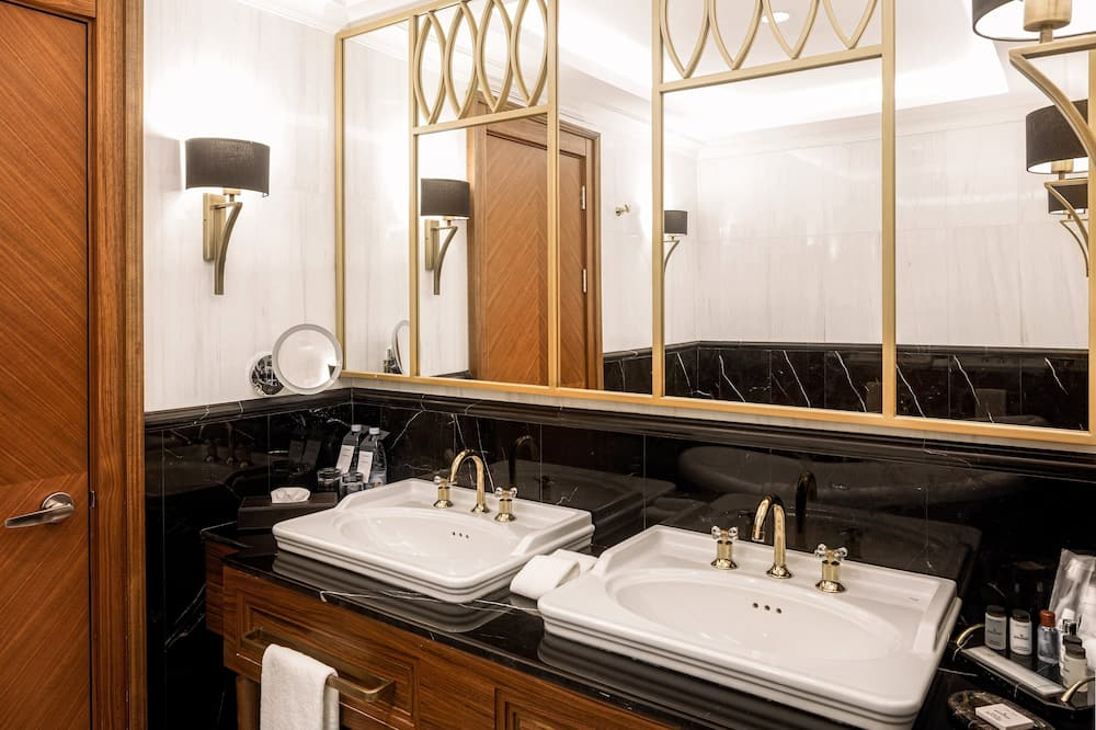 Presidential Suite, 1 King Bed, Non Smoking, City View - Bathroom
