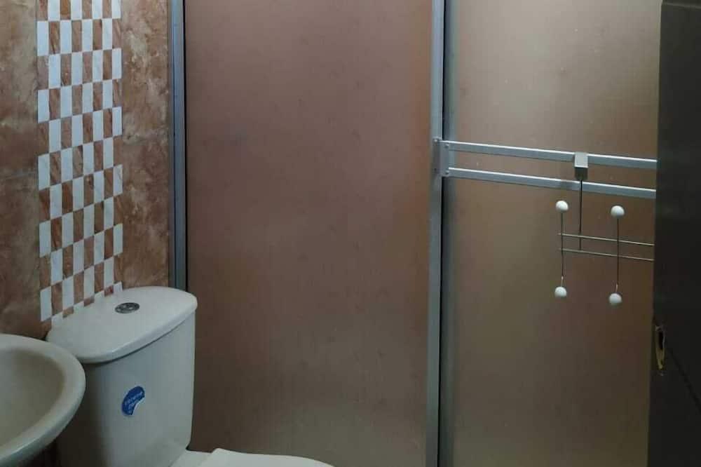 Family Room, Berbilang Katil - Bilik mandi