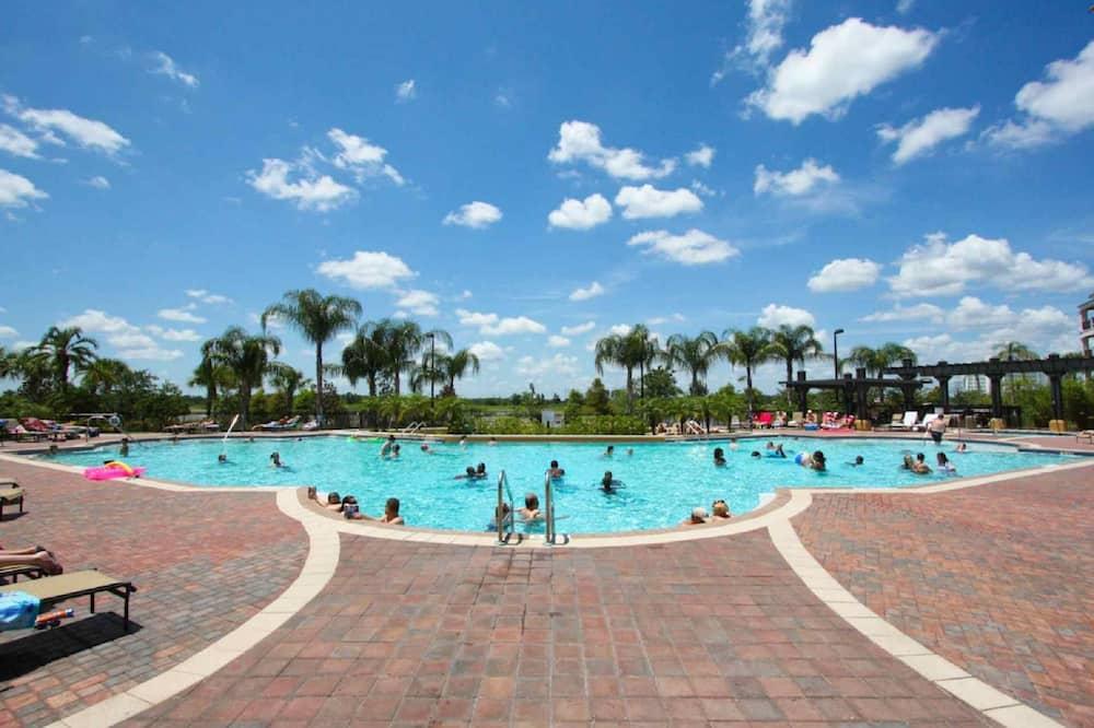 Lejlighed - flere senge (Vista Cay 4804) - Pool