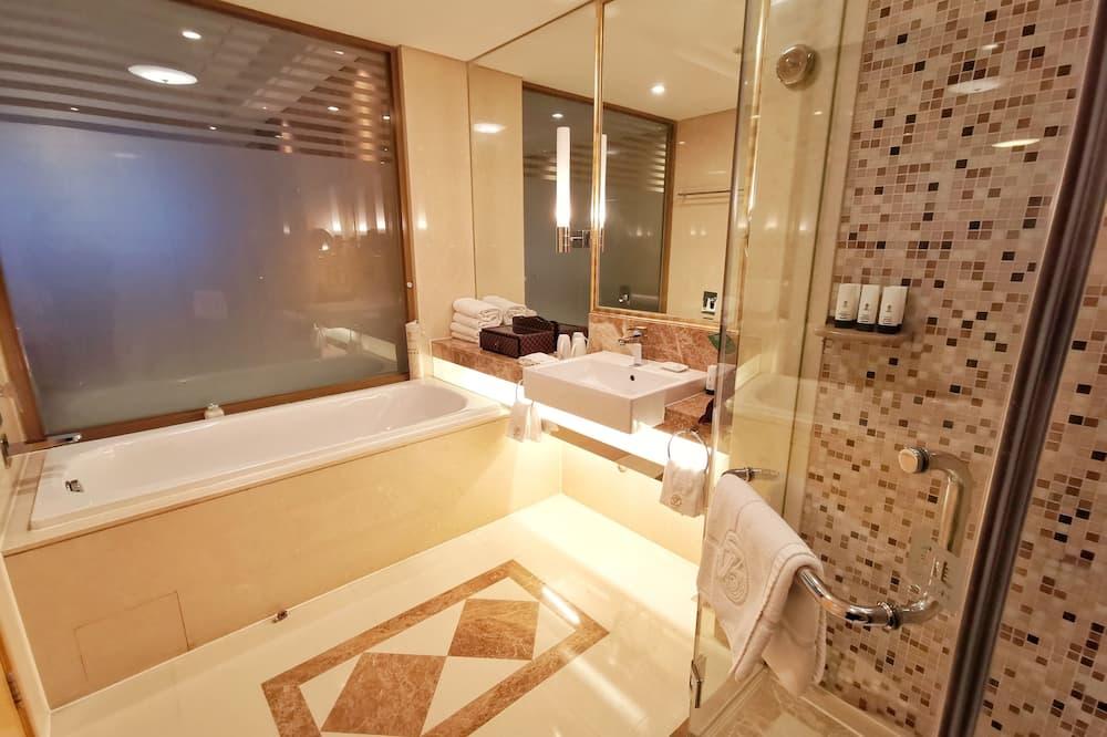 丽景家庭房 - 浴室