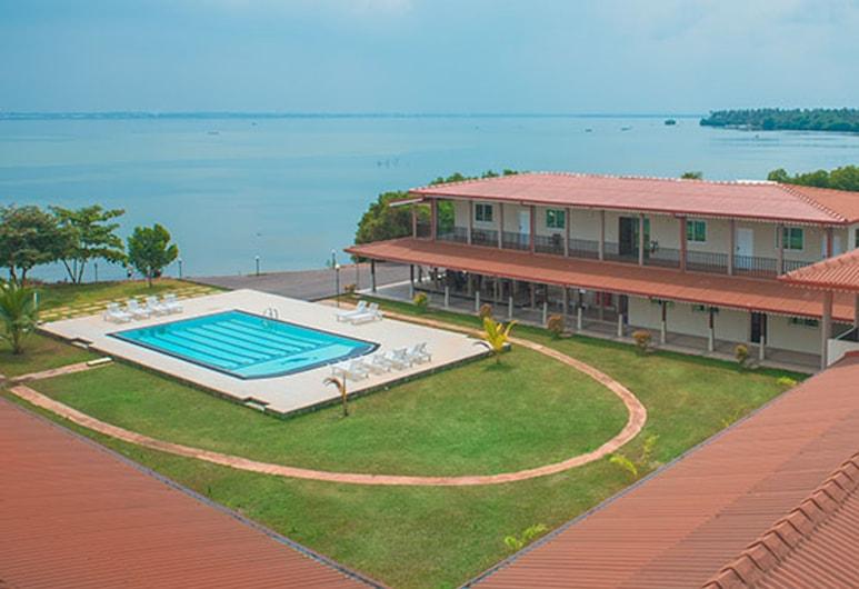Nilakma Lagoon, Negombo, Buitenkant